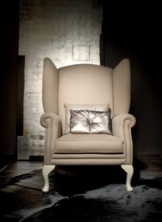 Viceroy Wing Chair white